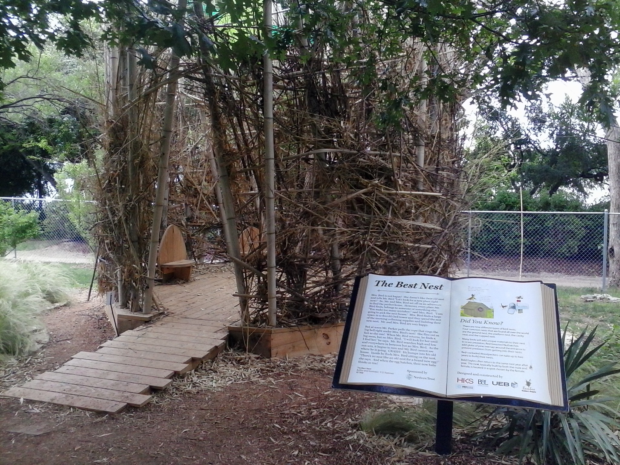 A nest house in the bird exhibit.